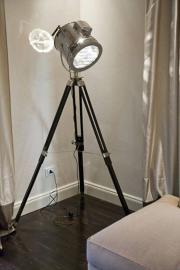 Holywood film camera driepoot vloerlamp