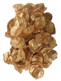 Gouden rozenblaadjes