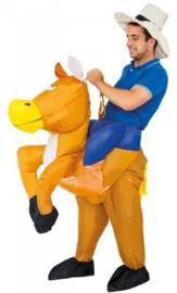 Opblaasbaar paarden kostuum cowboy
