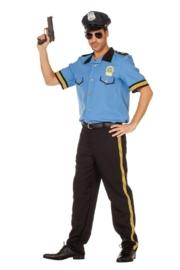 Stoere politie agent