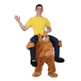 Door beer gedragen kostuum