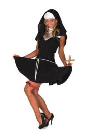 Sexy nonnen jurkje