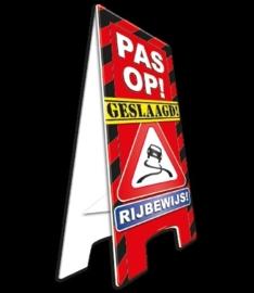 Waarschuwings bord geslaagd rijbewijs