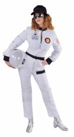 Astronaut lady