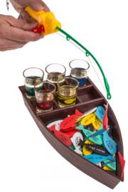 drinkspel, visvangst, met 4 shooterglazen
