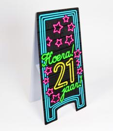 Waarschuwings bord Neon 21 jaar