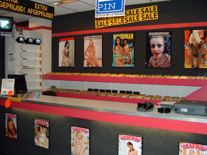 porno,dvd,toonbank2.jpg