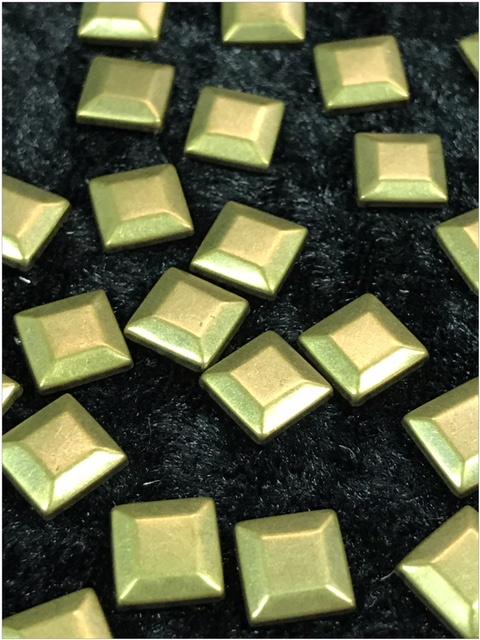 Hot Fix Nailhead Coper/Bronze Vierkant 7mm Zakje 20 gram