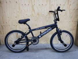 NIEUWE FREESTYLER!!! BMX Freestyle / Crossfiets BUGATTI BLACK MATT 20 INCH LIMITED EDITION