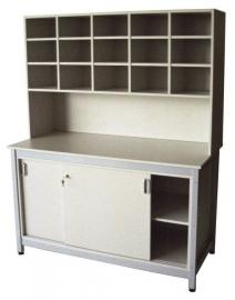 PROMAIL postsorteerkast 18-36 postvakken, 6 kolommen met of zonder open ondervak, werktafel met afsluitbare schuifdeuronderkast en tussenlegbord