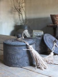 Houten pot met deksel en kwast 17cm - verkocht