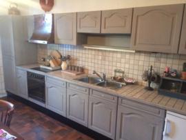 Klantfoto, eiken keuken -Kleur mix van  French Linen en Country grey