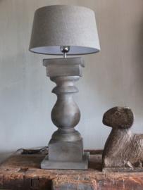 Lampenvoet -  Annie Sloan Country grey, French Linen, Graphite, clear wax en      dark wax