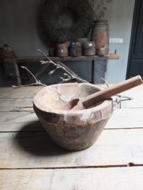 Oude vijzel kom pot nr 13 - 22cm