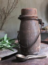 Oud houten kruikje pot touw 27,5cm nr 302