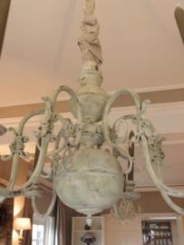 Voorbeeld krijtverf op kaarsenluchter- Kleur Chateau grey, Country grey en Old white