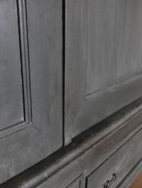 Grote kast - Annie Sloan Country Grey, Graphite, Clear wax en Dark wax