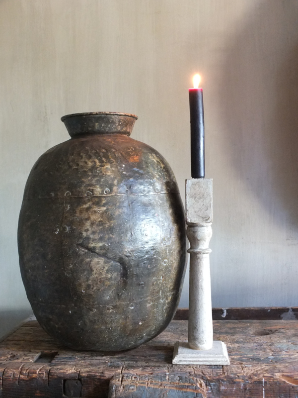 Slanke oude kandelaar  kaarsenhouder nr 111 33,5cm hoog