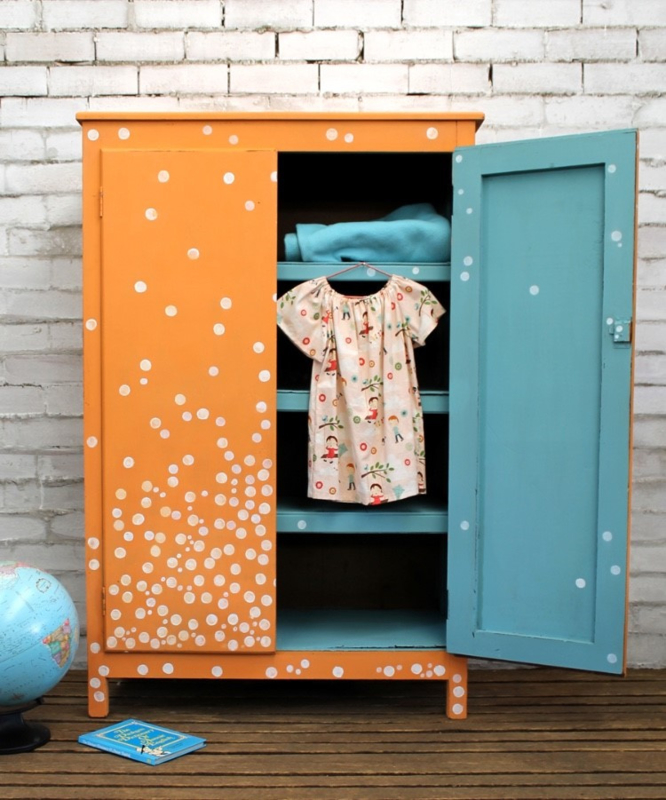 Kast - Annie Sloan Provence, Barcelona Orange en Pure White en Clear Wax