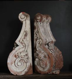 Set Franse antieke terracotta consoles
