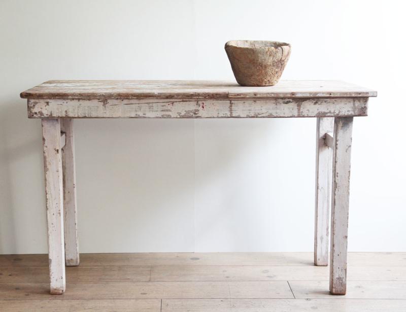 Houten tafel in schitterende patina