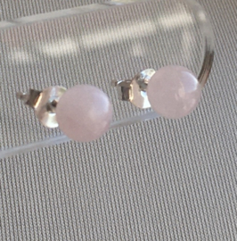 Rozenkwarts oorknopjes, echt zilver en 6 mm edelsteen