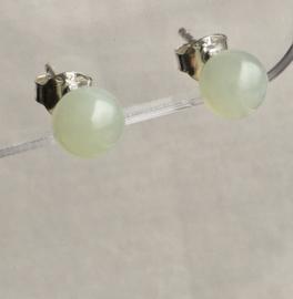Jonge Jade oorknopjes, echt zilver en 6 mm edelsteen