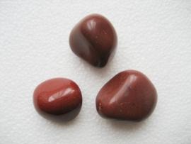 Rode Jaspis, knuffelsteen - echte edelsteen