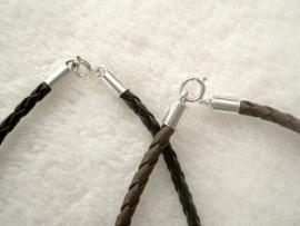Veter, gevlochten - 3 mm dik, 42,5 cm lang - Zilveren sluiting