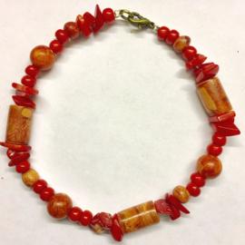 Koraal (rood) armband,  - 70% echt (spons)koraal, met slotje