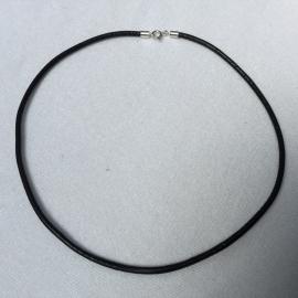 veter - echt leer 3 mm dik - zwart of bruin, 45 cm - zilveren sluiting