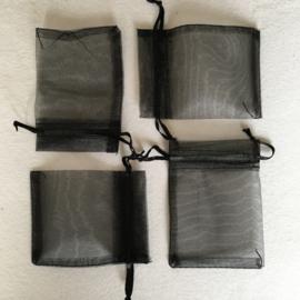 Cadeauverpakking zwart organza 5 x 7 cm