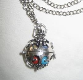 Chakra-bolmedaillon, verzilverd aan ketting, met echte edelstenen