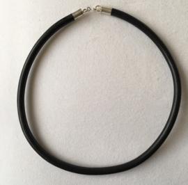 Veter - rubber, 6 mm dik, vanaf 40 cm lang - zilveren sluiting