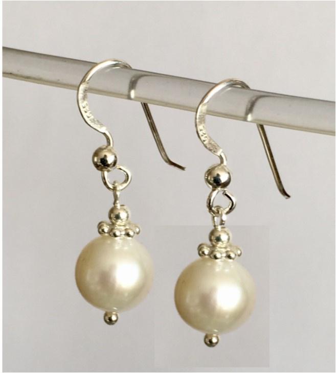 Parel oorbellen, echt zilver, echte parels ca. 1 cm groot