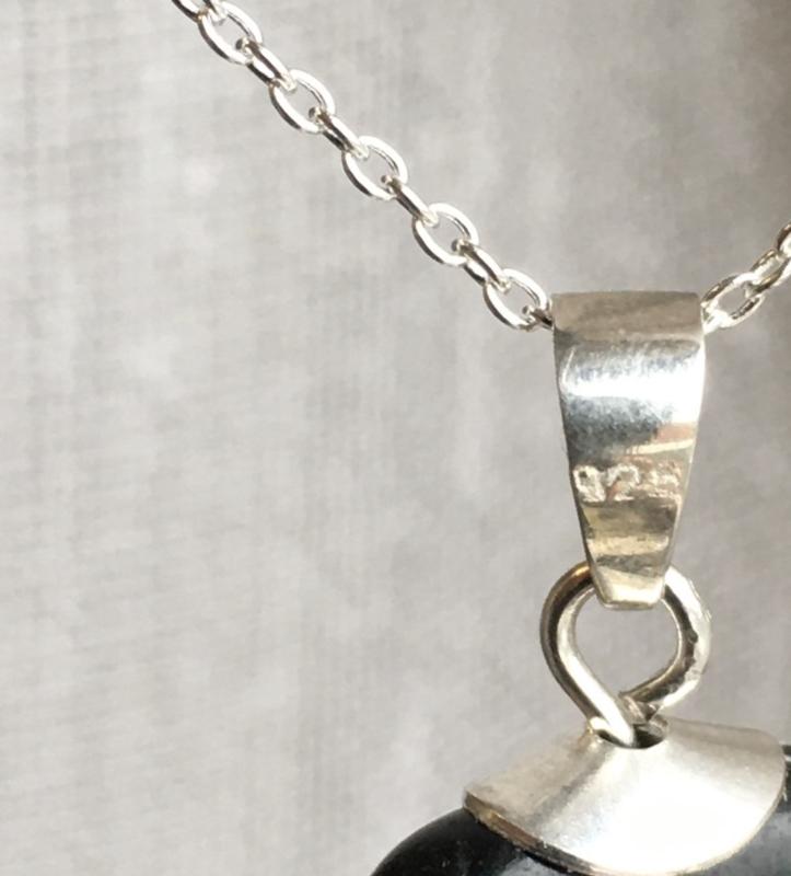 Shungite hanger, echt zilver -Shungite