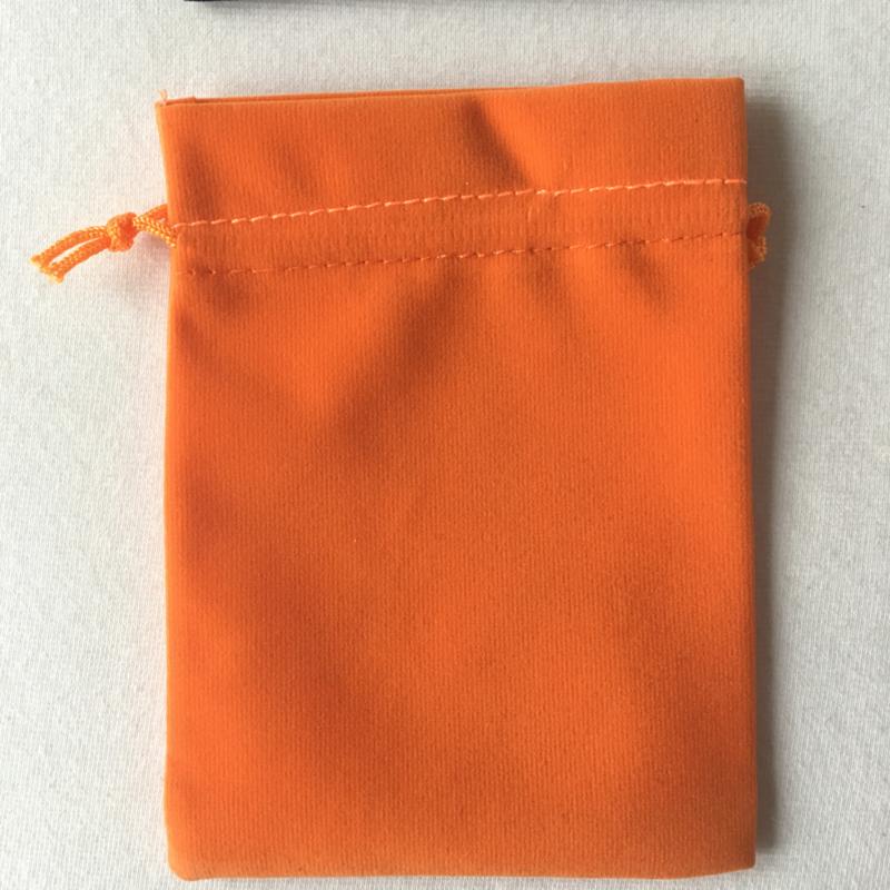 Buideltje, Bewaarzakje, fluweel - oranje, turquoise of zwart