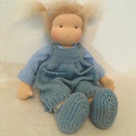 Puppe Loesje 30 cm no. 1720