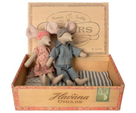 Maileg Mum and Dad Mice in cigar box Nieuw!