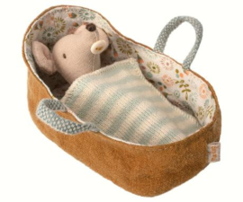 Baby Mouse in Carrycot 16-8711-00  NEW!