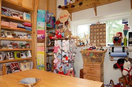 Kamrin's atelier