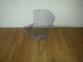 Side chair van Harry Bertoia voor Knol