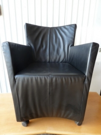 Montis fauteuil type Sting