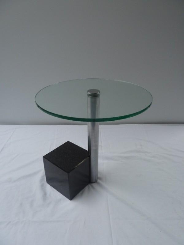 Glazen Bijzet Tafeltje.Glazen Bijzettafeltje Met Marmeren Voet Verkocht Diverso