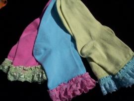 Set van 3 paar Fleurige Sokken met kantje. Maat 30-35