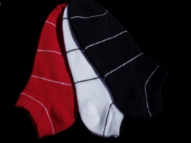 Set van 3 paar Sneakersokken Rood/Wit/Blauw Gestreept. Maat 35-38