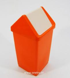 Prullenbak Curver oranje