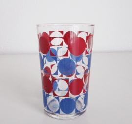 Drinkglas rood en blauw