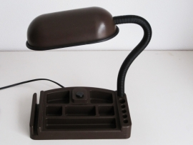 Bureaulamp met pennenbak