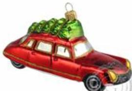 Citroën DS 1e type rood met boom
